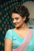 Nikitha Narayan latest glam pics-thumbnail-9
