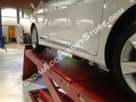 http://www.hyundaiaccessorystore.com/2011_hyundai_elantra_chrome_door_moldings.html