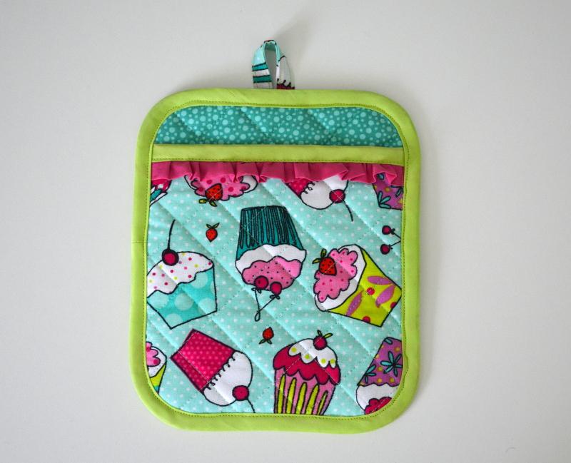 cozy birdhouse | cupcake potholder