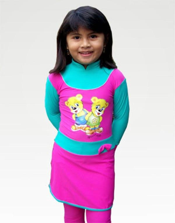 Anak perempuan cantik pakai baju renang warna pink kombinasi biru imut banget
