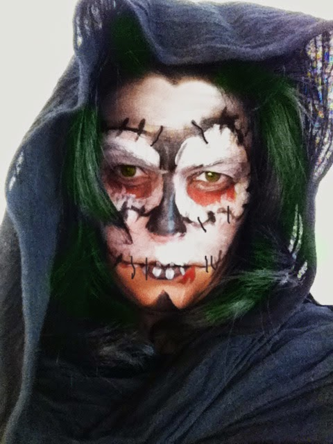 Manualidades maquillaje halloween de calaveras for Caras pintadas para halloween