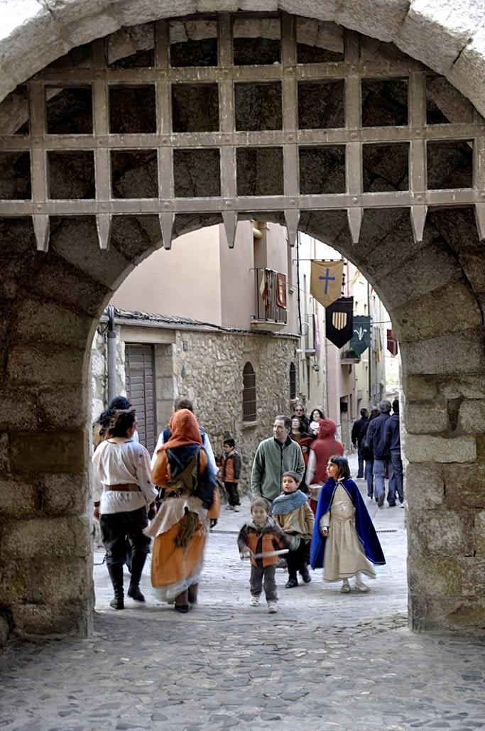 La puerta de San Jordi