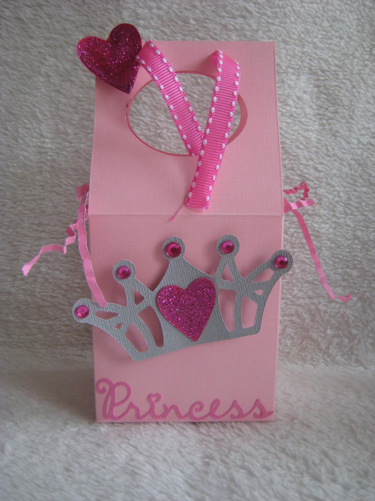 Holly-Lou\'s Paper Parties....and More: Princess 1st Birthday Party!!