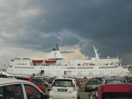 Logos Ship