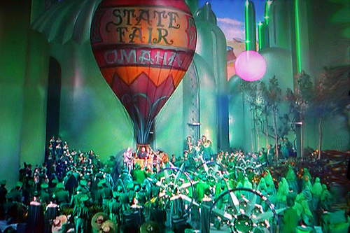 hot air balloon from wizard of oz