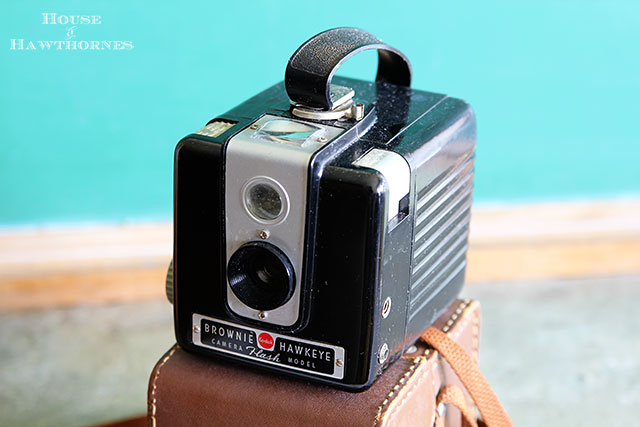 Top ten tips for making the most out of your thrift store experience - Vintage Brownie Hawkeye Camera