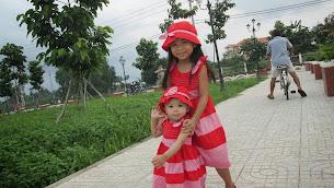 Chị Ty và em Na