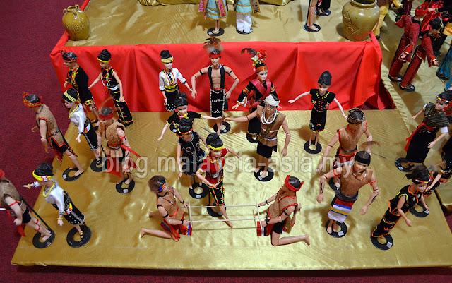 Dolls at Chanteek Gallery