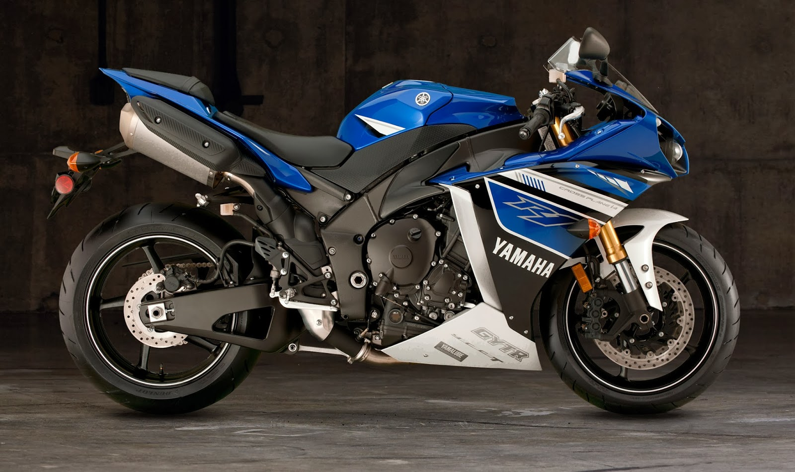 Yamaha yzf r1 pictures r way collection for 01 yamaha r1