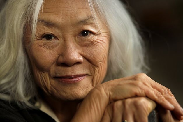 """no name woman by kingston A short literary analysis of maxine kingston's classic """"no name woman"""" as part of the first generation of chinese-americans, maxine hong kingston writes about."""