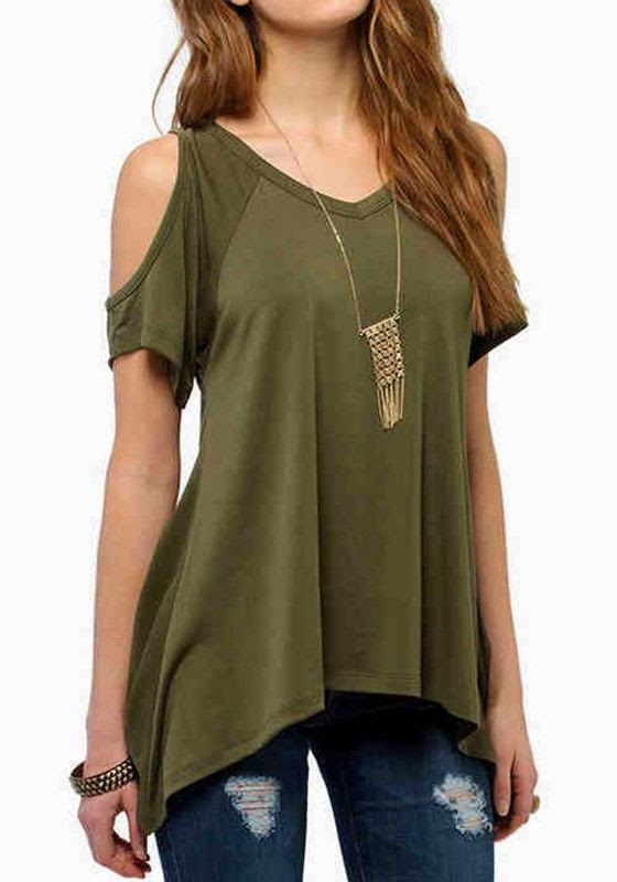 Army Green T-shirt With Dark Denim Jeans