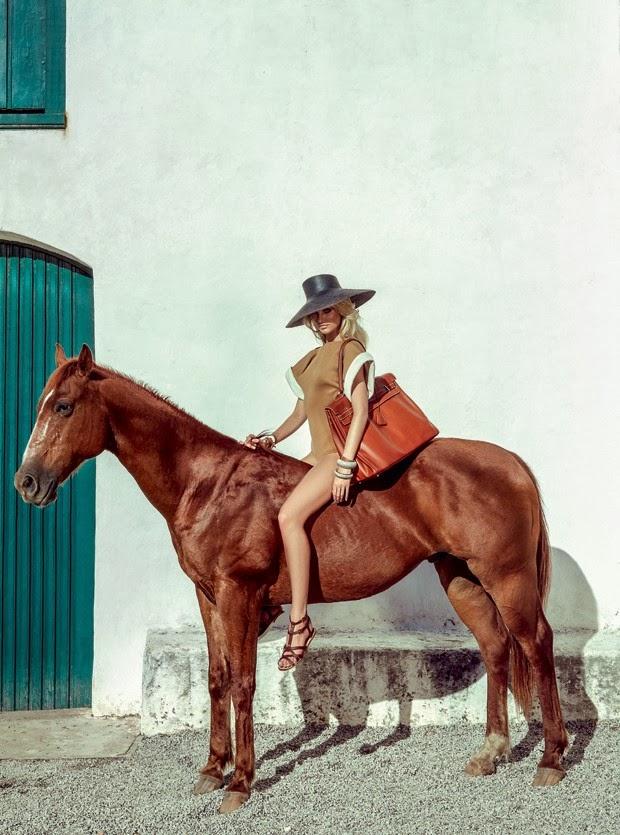 Candice Swanepoel en Vogue Brasil enero 2014