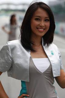 Asian-Paddock-Girls-Hot