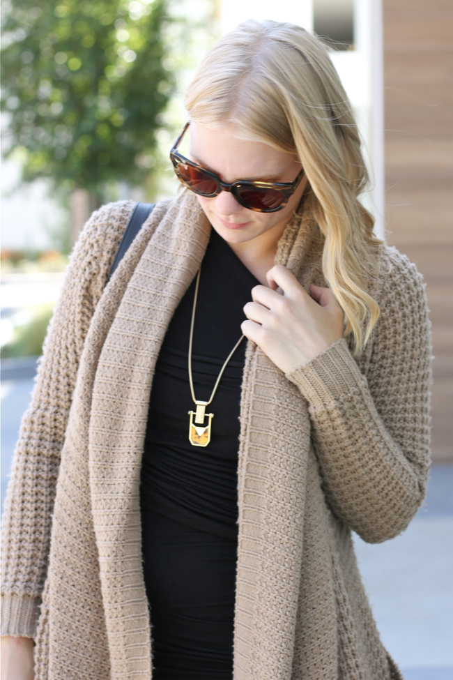 Shae Roderick, necklace, chunky sweater, Warby Parker sunglasses