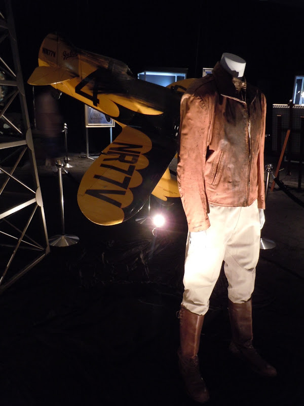 Cliff Secord 1930s pilot costume The Rocketeer