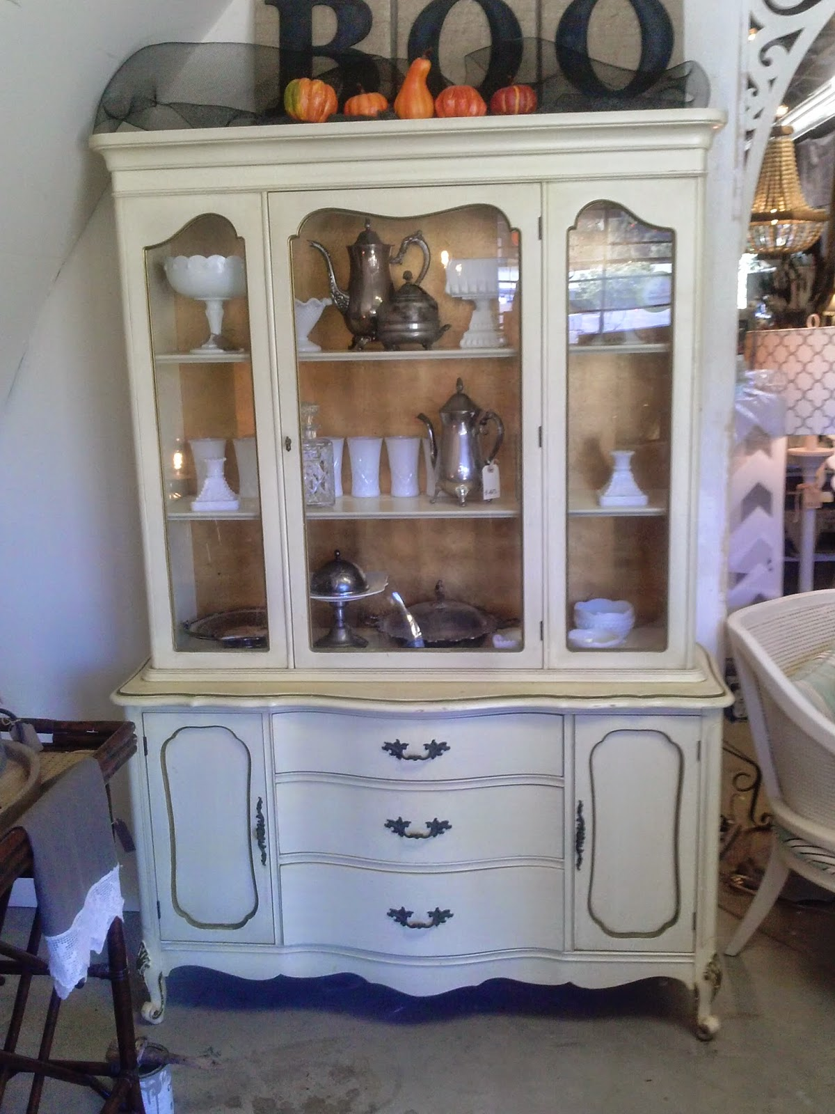 Awesome The hutch was done in the typical cream and gold which is a mon look for the reproduction french provincial furniture made in the us