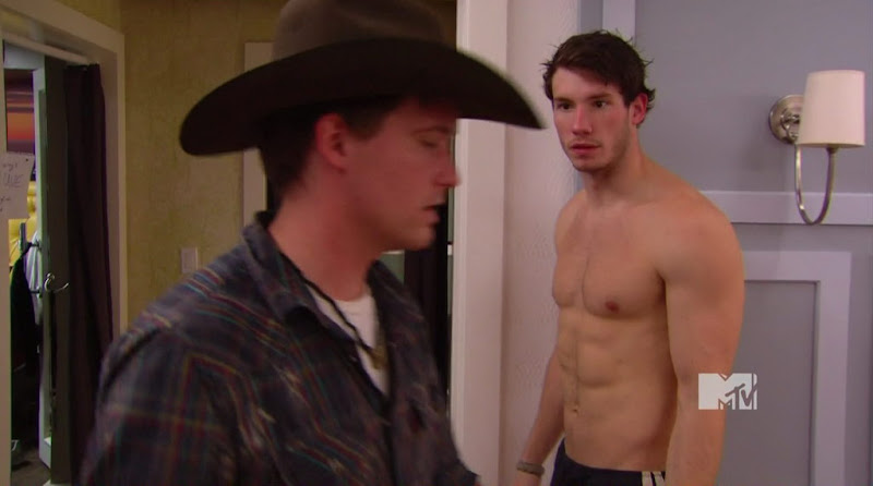 Dustin Zito Shirtless on The Real World Las Vegas s25e04