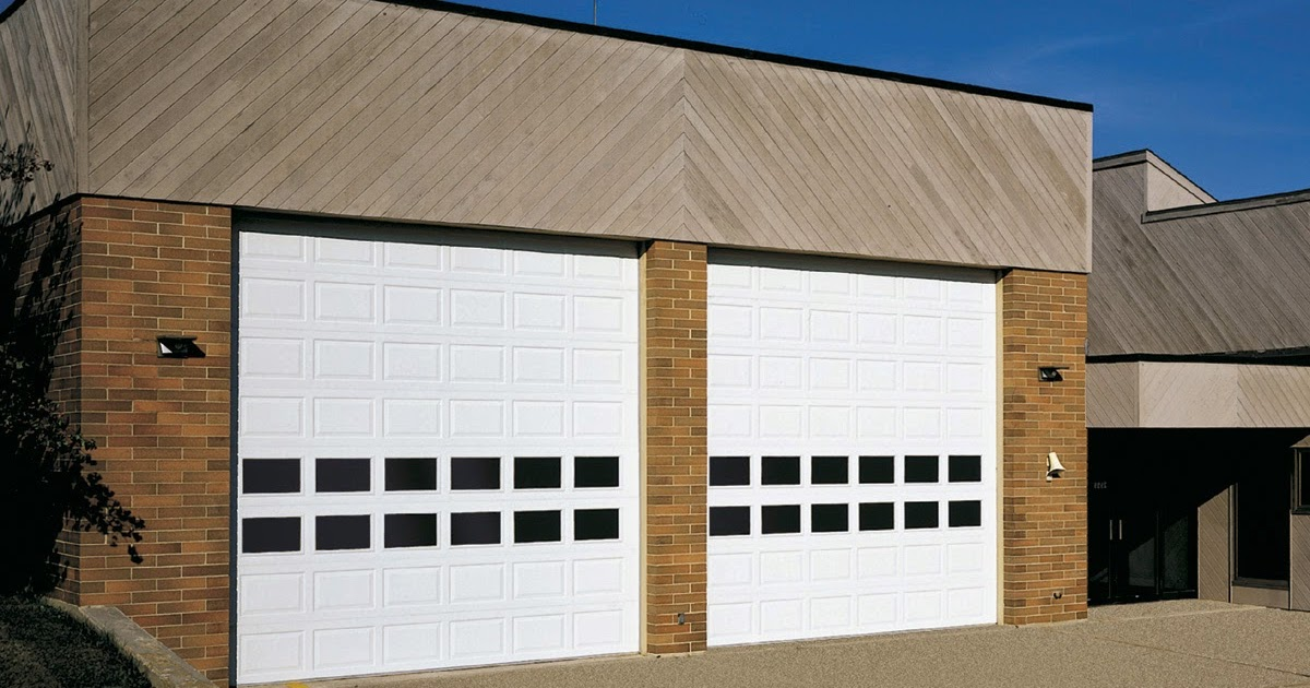 Garage door zone blog raynor mfg discontinues a few for Door zone garage doors