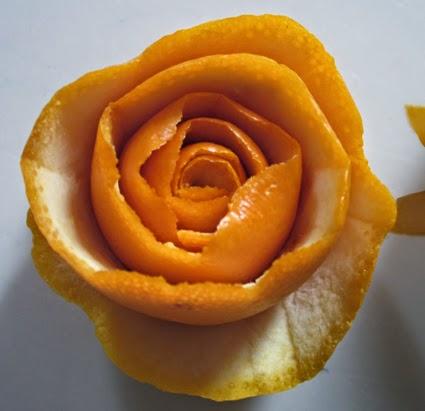 como hacer una flor de piel de naranja