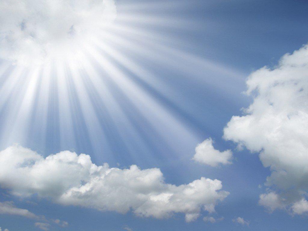 http://4.bp.blogspot.com/-KzaPseWwBoo/UI6zz8NdjeI/AAAAAAAAE-E/LK6U98y-kn4/s1600/sun-rays-coming-out-of-the-clouds-in-a-blue-sky-wallpaper.jpg