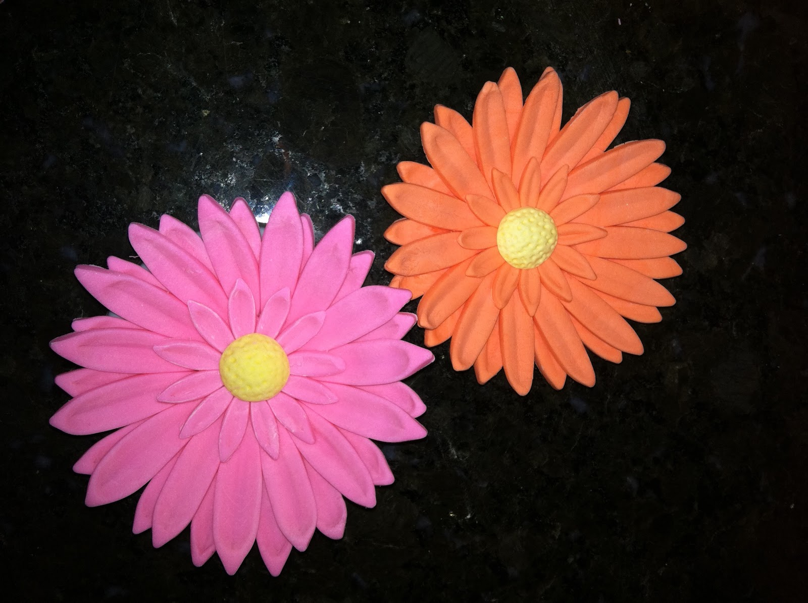 The Iced Queen Gerbera Daisy From Wilton Course 4