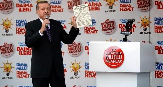 Siyasi geleceğini kurtarmaya çalışıyor. Türkiye'deki sorunların kaynağı Erdoğan.