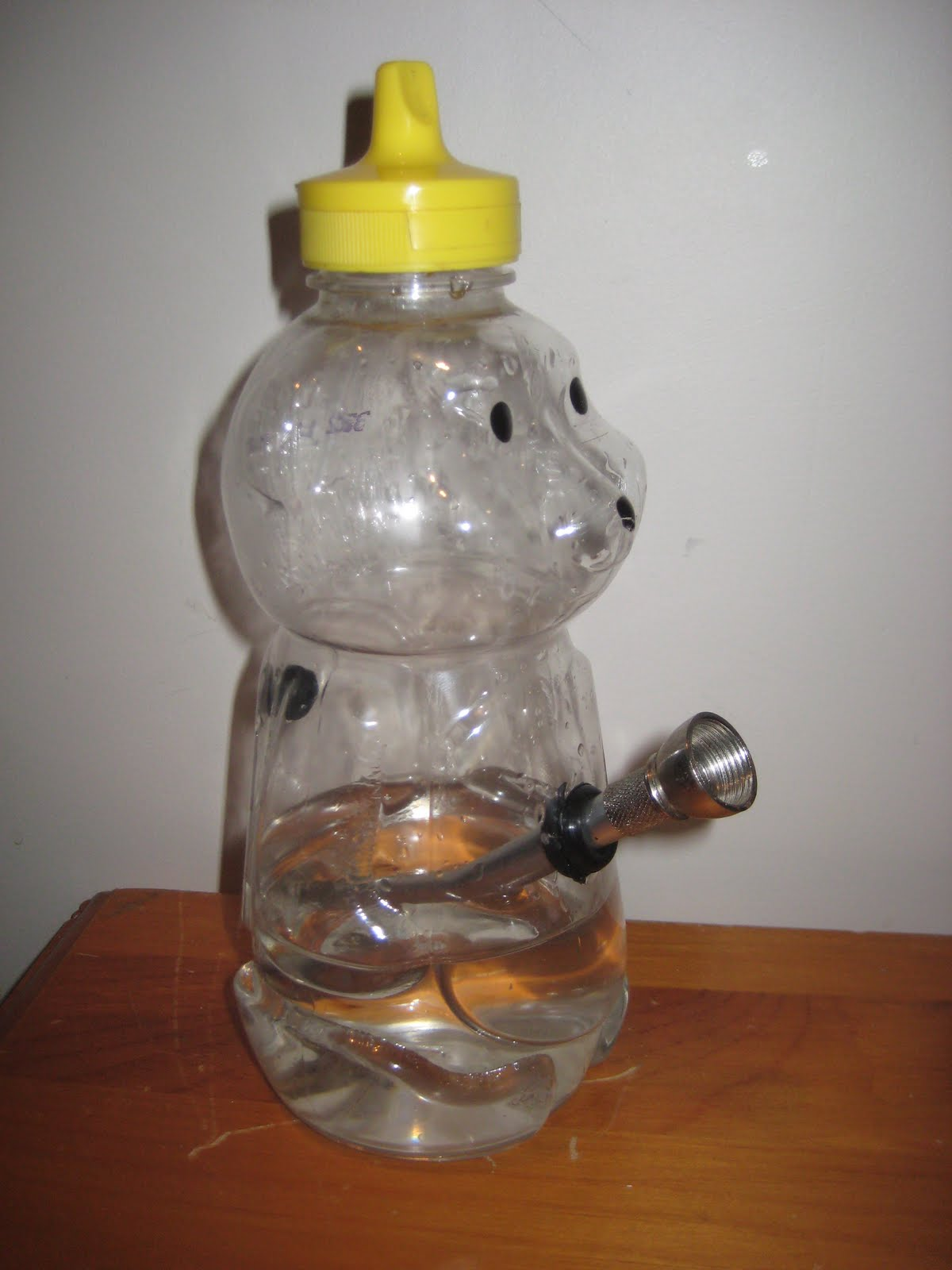 10. Honey Bear Bong. Source Not a Bear Bongs & 10 Best Homemade Bongs | TwoTenTwice