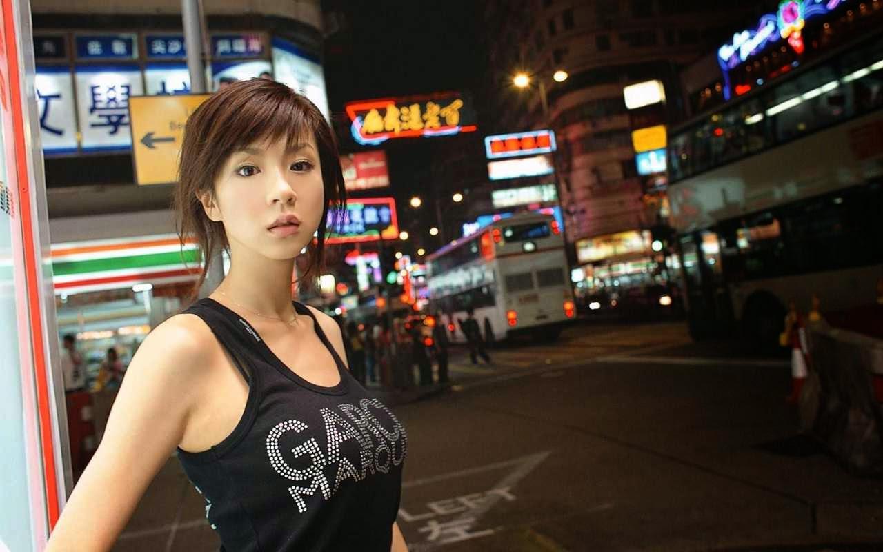 Beautiful & Cute Japanese Girls Wallpapers