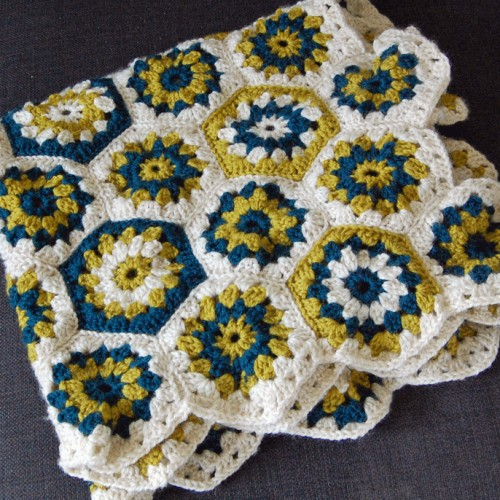Hexagon Crochet Baby Blanket - Tutorial