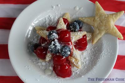 cherries, easy to make,pie, blueberries, confectioner's sugar, lemon