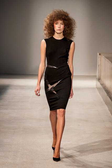 Gosia-Baczynska, univers-feerique-magique, pfw, printemps-ete, spring-summer, styliste, fashion, mode, fashion-week, paris-fashion-week, mode-a-paris, vogue, collection, womenswear, allure-chic, catwalk, du-dessin-aux-podiums, sexy, fashion-woman, mode-femme, menswear, pap, pret-a-porter,spring-summer-2014, ss14, printemps-ete-2014