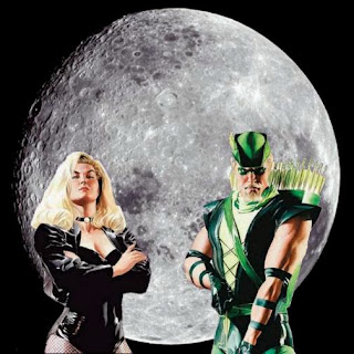 Black Canary and Green Arrow with full moon background