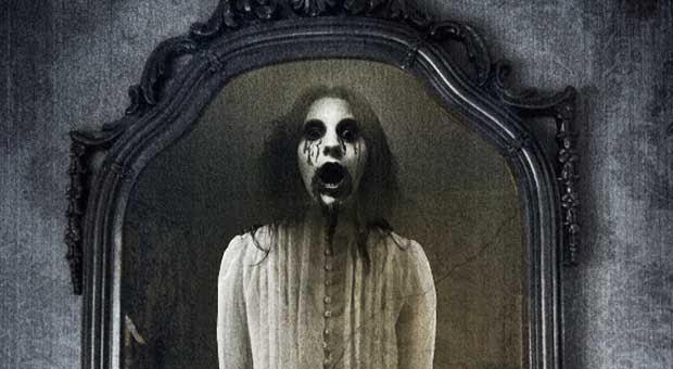 """Misteri """"BLOODY MARY"""" Hantu Dalam Cermin"""