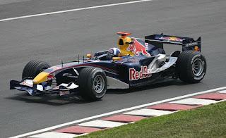 Gambar Mobil Balap F1 Red Bull 02