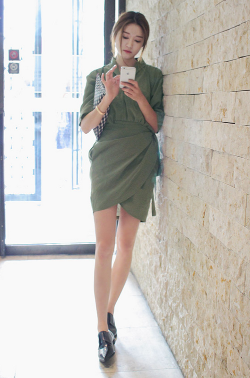 Elbow Sleeved Wrap Dress