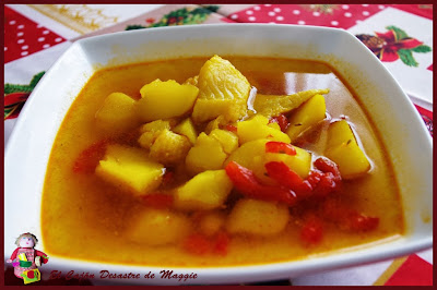 http://elcajondesastredemaggie.blogspot.com/2014/01/caldo-con-pimientos-de-almeria.html