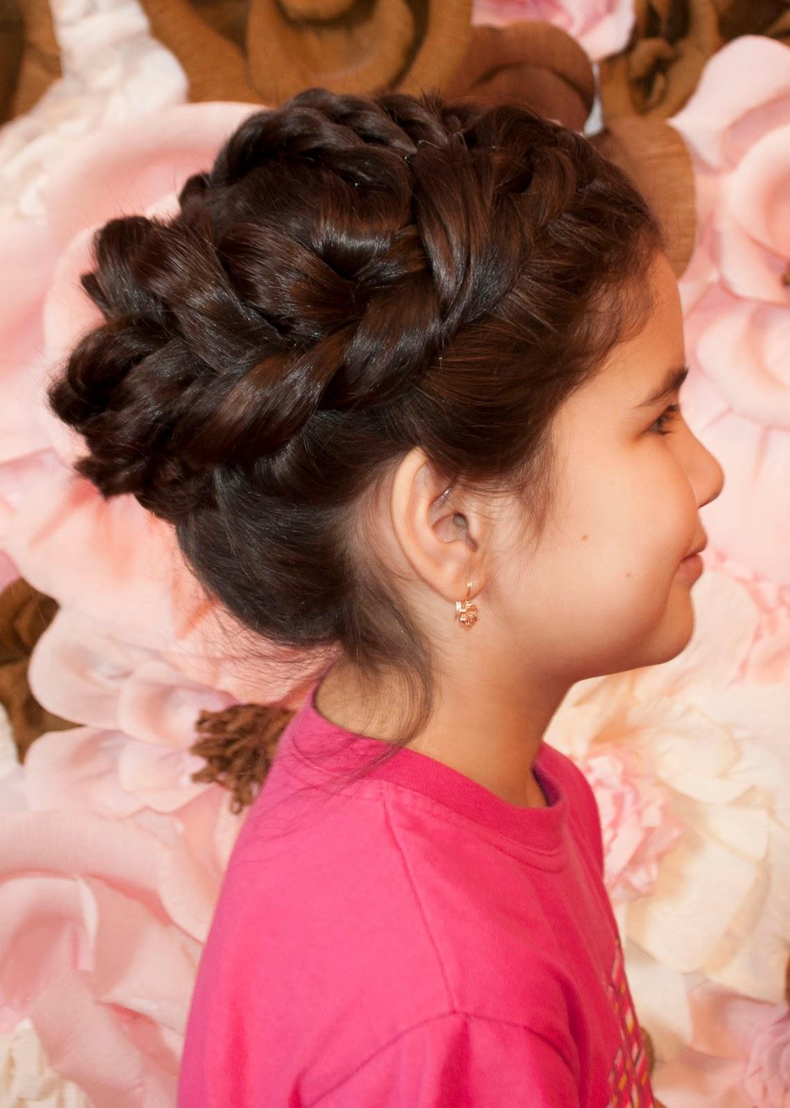 Прическа с прикрытыми ушами фото