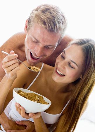 6 Nutrisi Penting Untuk Tingkatkan Kualitas Bercinta [ www.BlogApaAja.com ]