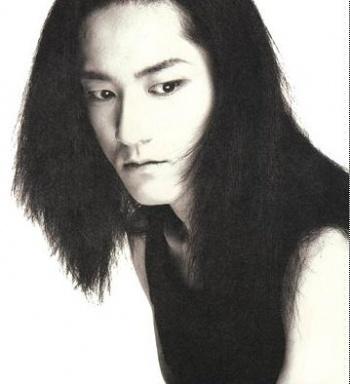sakura_ex-member_of_l_arc_en_ciel.jpg