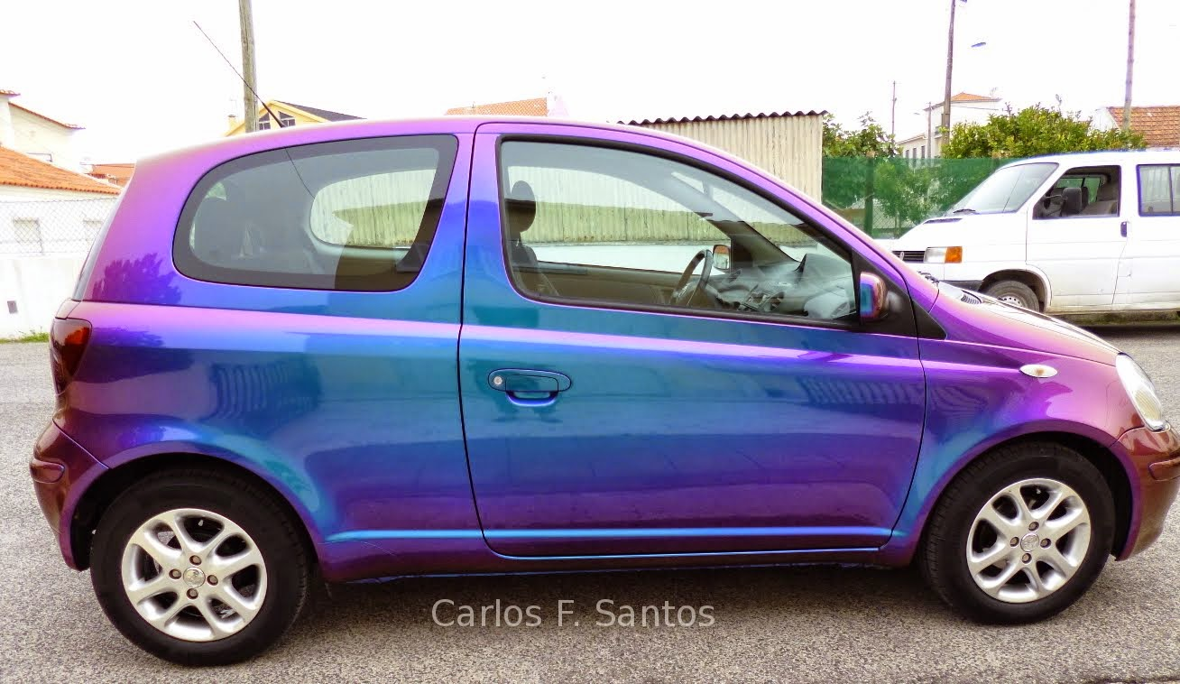 Foto: Automóvel pintado com magic colour da Glasurit