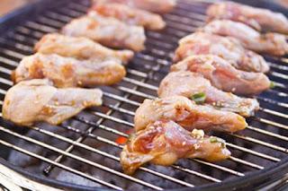 Tự làm cánh gà nướng BBQ