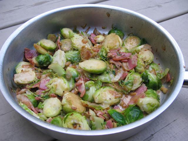 Au gr du march choux de bruxelles au bacon et la cr me - Cuisiner chou de bruxelles ...