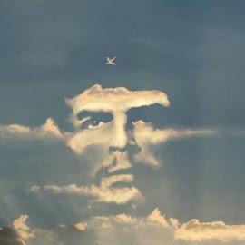 """""""La revolución es algo que se lleva en el alma, no en la boca para vivir de ella."""" El Che-"""