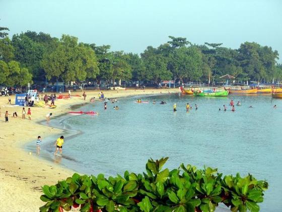 Objek wisata Pantai Bandengan