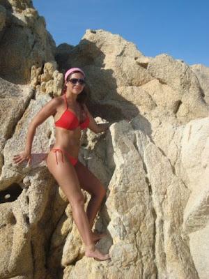 http://4.bp.blogspot.com/-L1IufdgvM_w/T6yuWCrNwPI/AAAAAAAAAjM/-mZB3RxKEOY/s1600/Julia+Orayen2.jpg