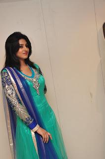 Model Shamili in chudidar at cmr event 009.jpg