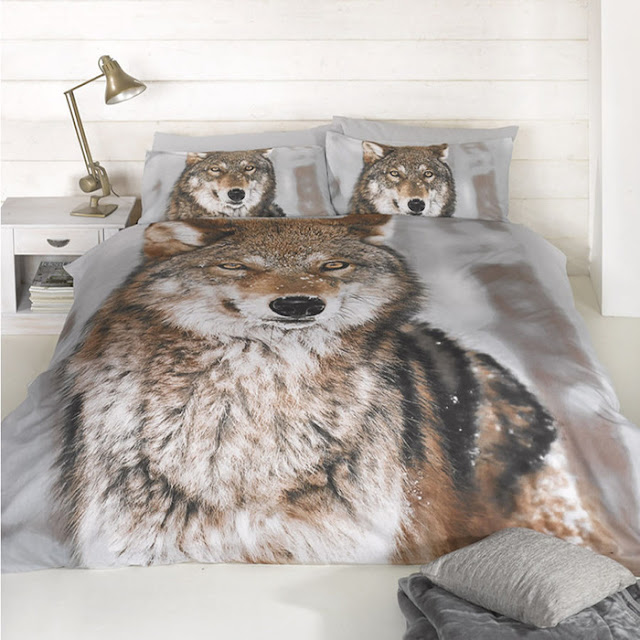 Here are some popular for Wolf Bedroom Decor  This is some bedroom design  ideas that will create a calming  relaxing space. Wolf Bedroom Decor   Interior Designs Room