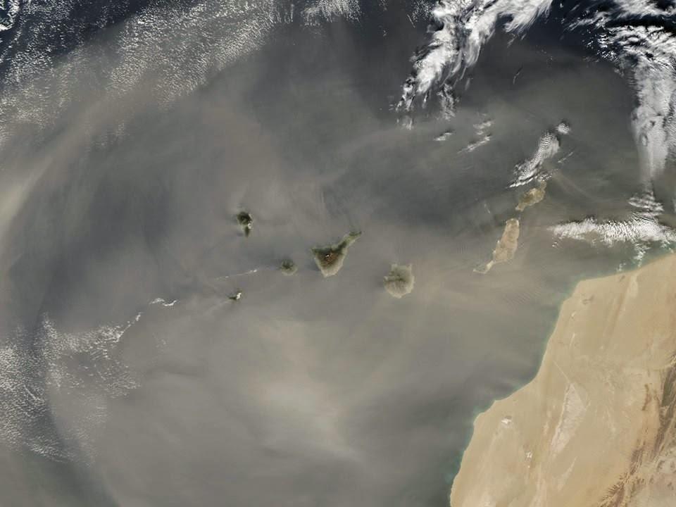 Foto calima Canarias desde satélite, 23  diciembre