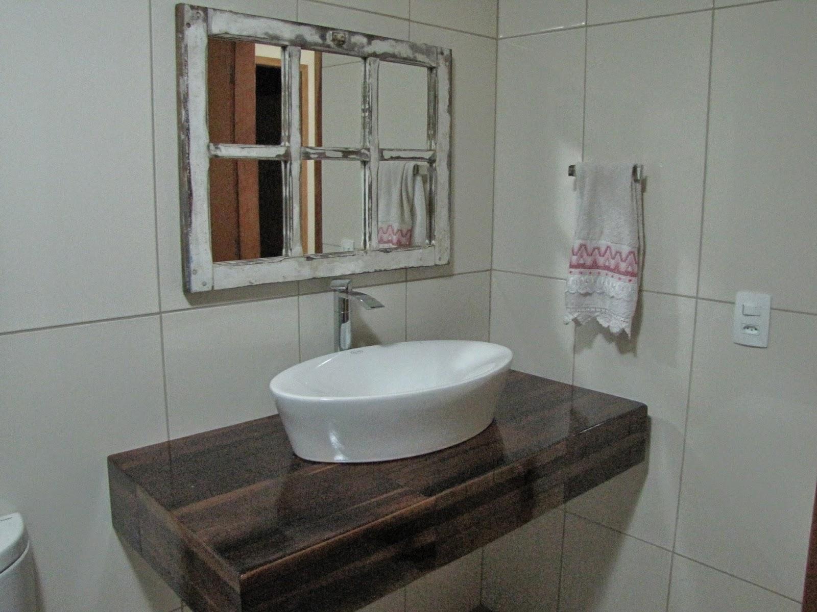 Finalmente terminamos o banheiro do andar de cima! Não sei se vocês  #5E4A3C 1600x1200 Banheiro Com Bancada Em L