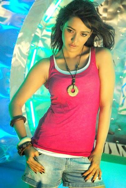 Neha Sharma Hottest Top Sexy pics hd